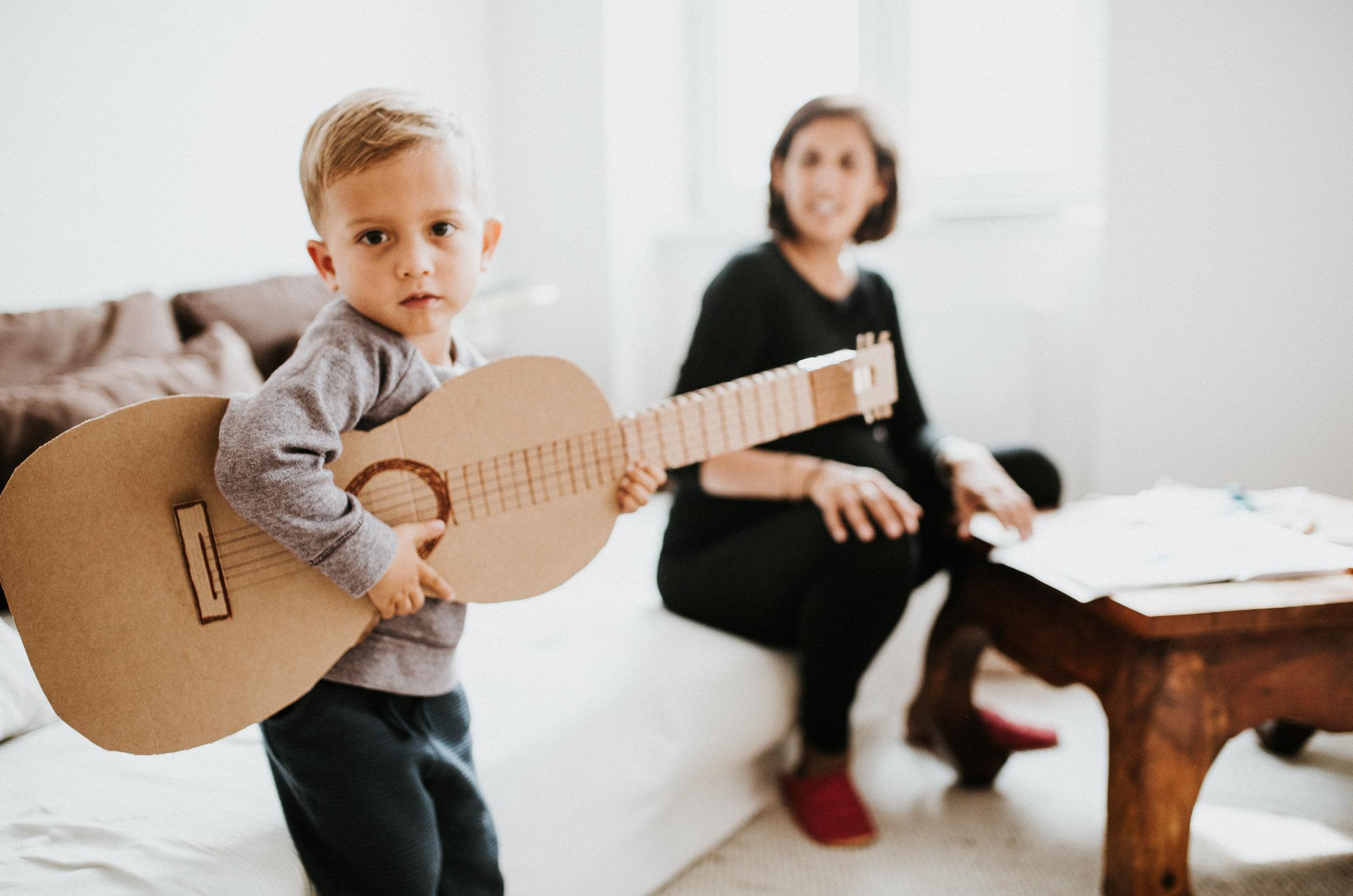 boy-playing-guitar