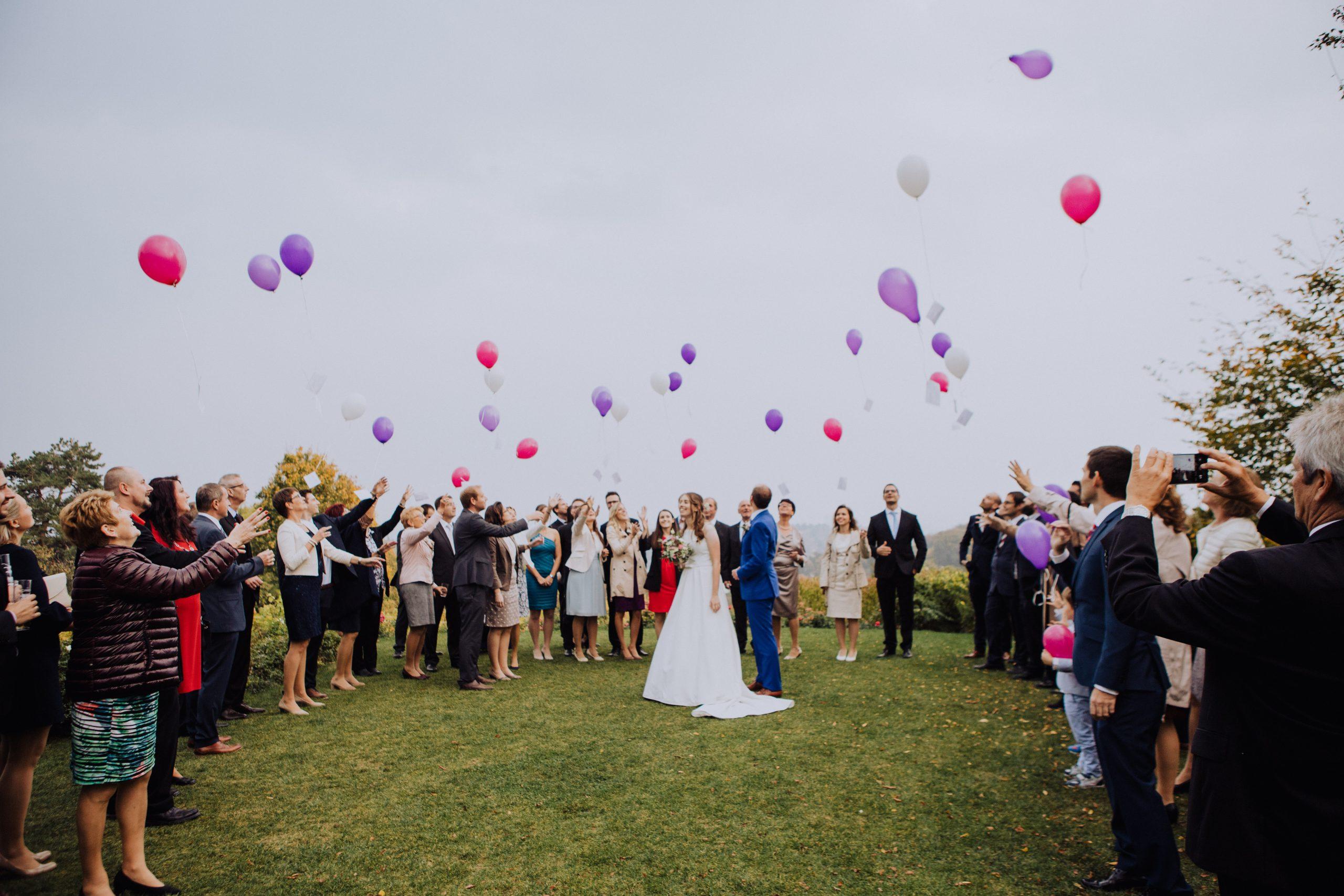 Ballons auf Hochzeitsfeier